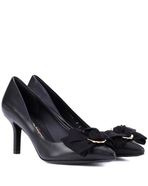 Ferragamo - Black Peony Leather Pumps - Lyst