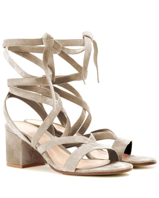 Gianvito Rossi - Natural Janis Low Suede Sandals - Lyst