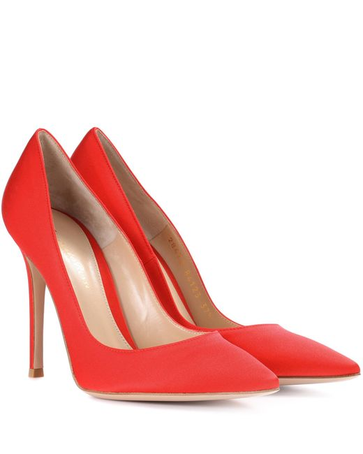 Gianvito Rossi - Red Gianvito Suede Pumps - Lyst