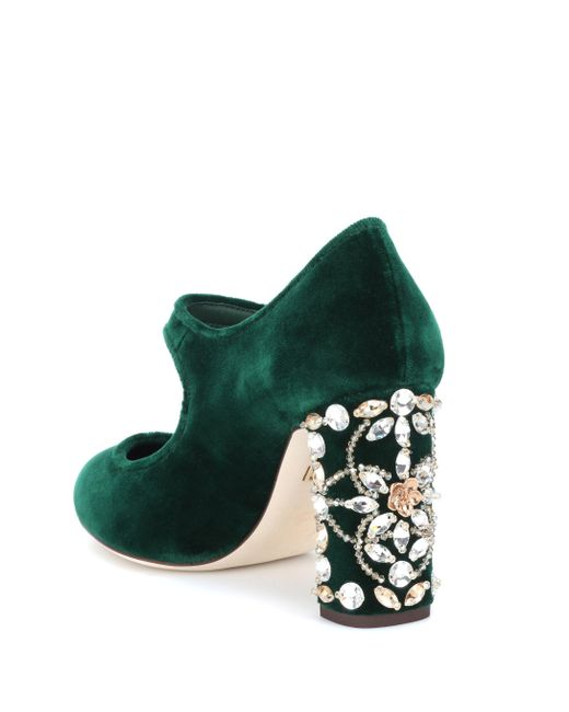 af46dbafb30 ... Lyst Dolce   Gabbana - Green Embellished Velvet Pumps ...