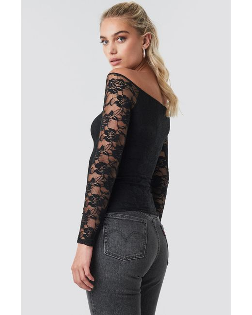 bab3e1c3f7c Lyst - NA-KD Off Shoulder Fitted Lace Top Black in Black
