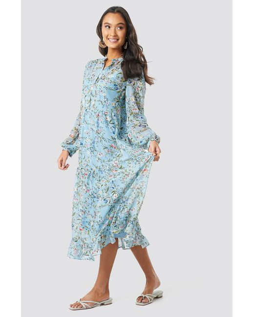 553042ab4a NA-KD - Blue Flower Print Tiered Midi Dress Multicolor - Lyst ...