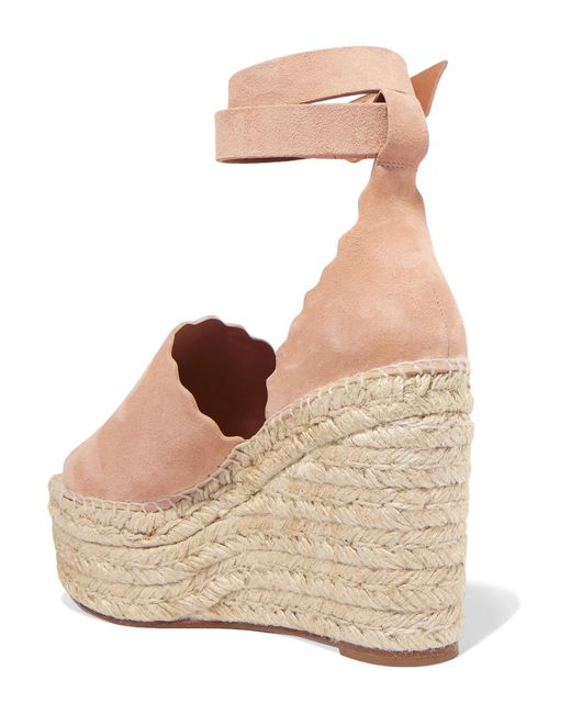 5b09a05bb84 ... Chloé - Natural Lauren Scalloped Suede Espadrille Wedge Sandals - Lyst  ...