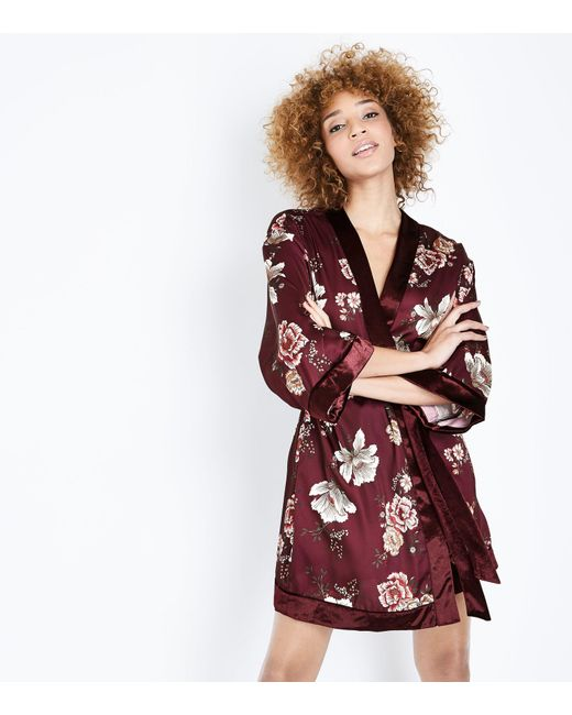 New Look | Multicolor Burgundy Floral Print Satin Kimono Robe | Lyst