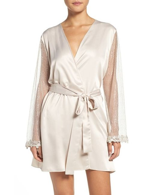 Flora Nikrooz | White Showstopper Robe | Lyst