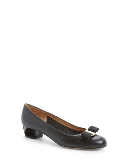 Ferragamo | Multicolor Vara Leather Pump | Lyst