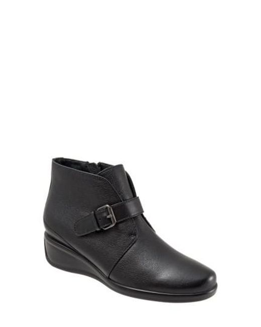 Trotters | Black 'mindy' Wedge Bootie | Lyst