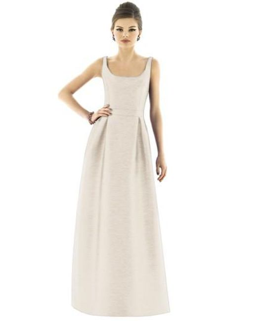 Alfred Sung | Metallic Dupioni Scoop-Neck Gown | Lyst