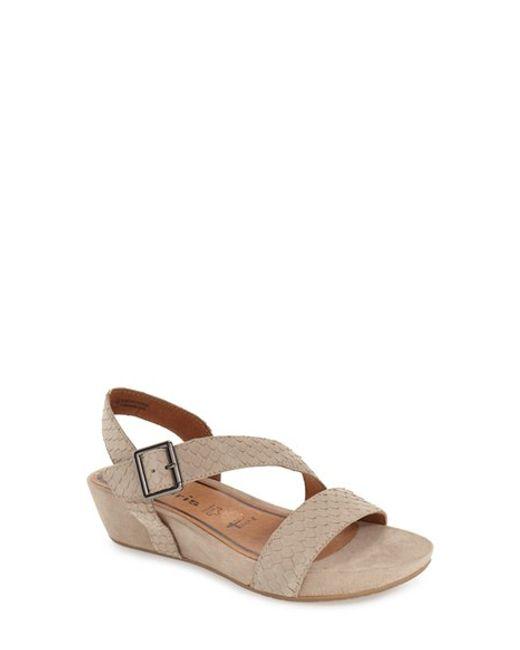 tamaris 39 eda 39 platform wedge sandal in beige pepper. Black Bedroom Furniture Sets. Home Design Ideas