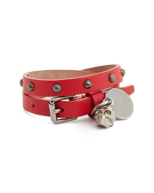 Alexander McQueen | Red Skull Charm Leather Wrap Bracelet | Lyst