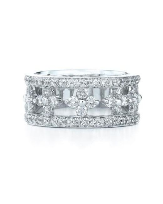 Kwiat - Metallic 'jasmine' Floral White Gold & Diamond Ring - Lyst