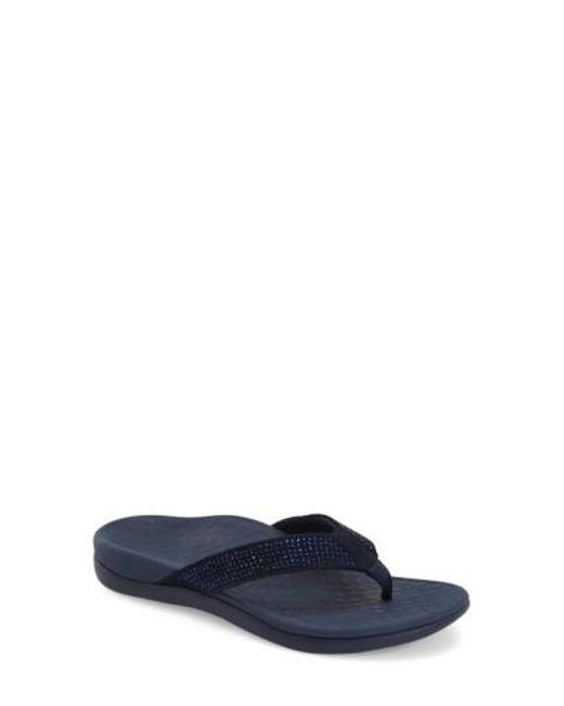Tide Rhinestone-Embellished Suede Flip-Flops CwiPUW9