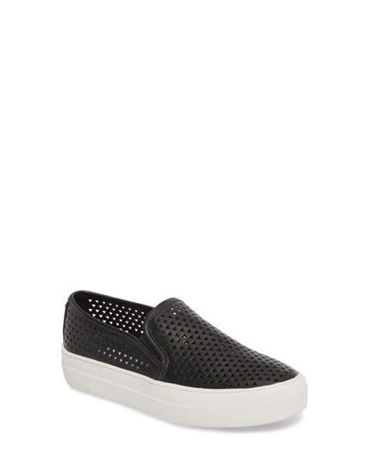 Steve Madden Gal Perforated Slip-On Sneakers 92ne6sr