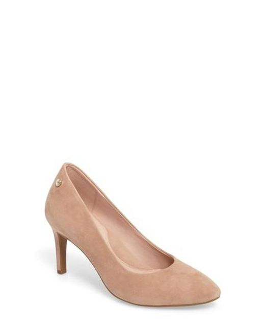 Taryn Rose | Natural Tamara Pump | Lyst