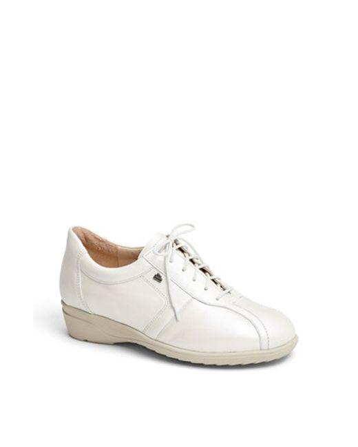 Finn Comfort | White 'ostende' Flat | Lyst