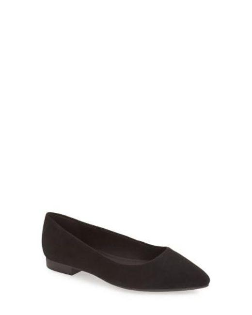 Bella Vita | Black 'vivien' Pointy Toe Flat | Lyst