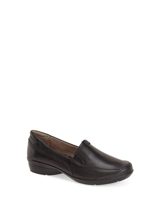Naturalizer - Brown 'channing' Loafer - Lyst