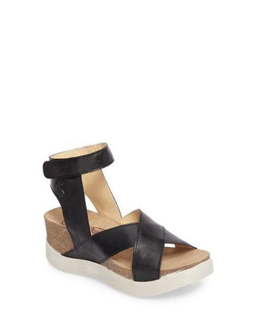 Fly London | Black Weel Platform Sandal | Lyst