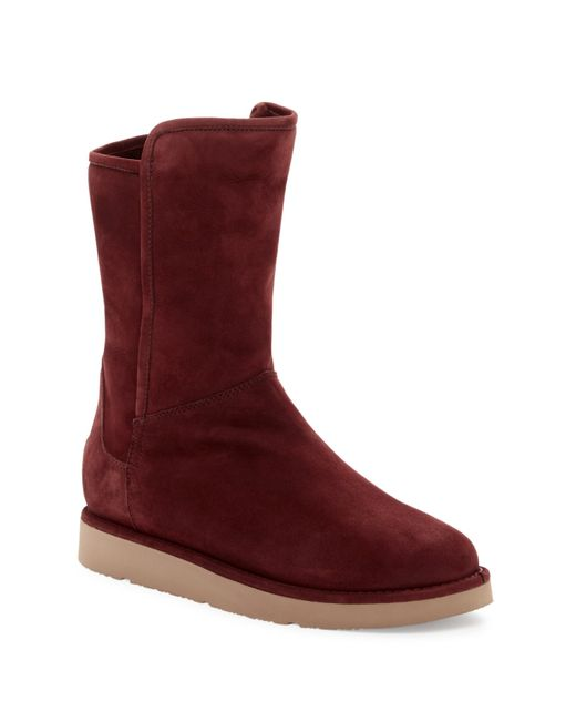 Ugg | Red Abree Genuine Shearling Short Zip Boot | Lyst