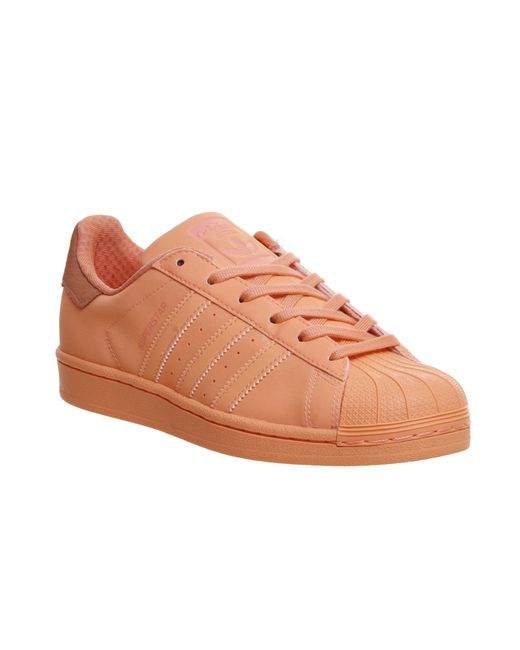 adidas originals superstar 1 leather low top sneakers in beige save 23 lyst. Black Bedroom Furniture Sets. Home Design Ideas