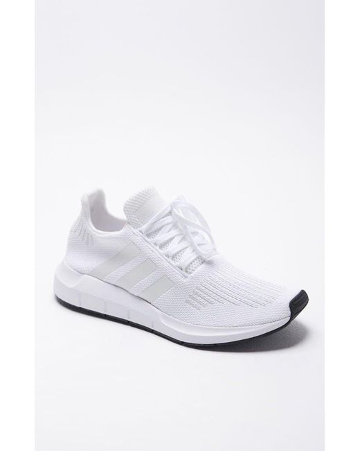 455d5a582 Lyst - adidas Swift Run White Shoes in White for Men