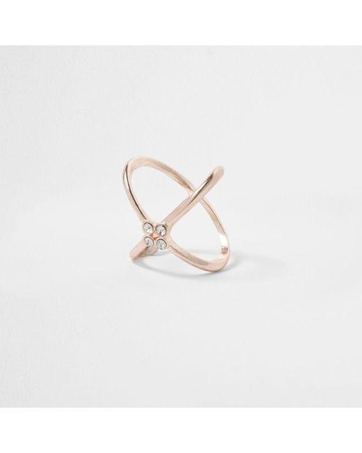 River Island   Metallic Rose Gold Tone Diamante Kiss Ring Rose Gold Tone Diamante Kiss Ring   Lyst