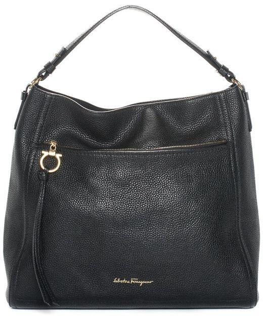 7bca09cd7ef4 Lyst - Ferragamo Black Leather Shoulder Bag in Black