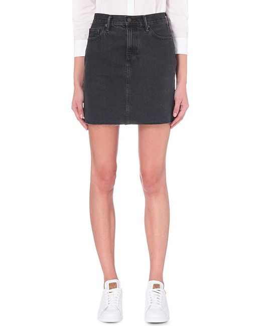 levi s the denim skirt in black lyst