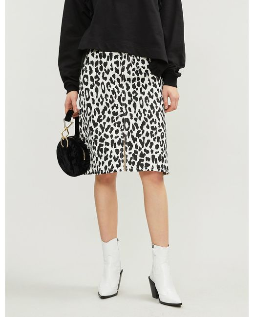 6ab280a21199 See By Chloé Leopard Print Denim Midi Skirt in Black - Lyst
