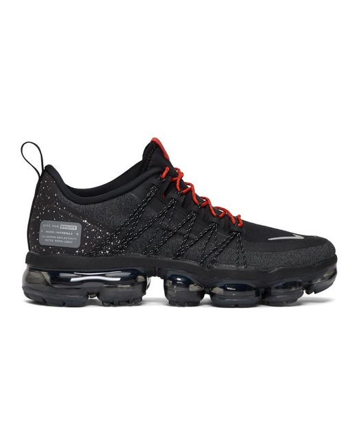 Nike - Black And Red Air Vapormax Run Utility Sneakers for Men - Lyst