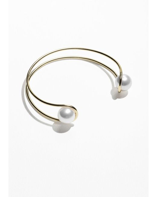 & Other Stories - White Stacked Brass And Pearl Choker - Lyst