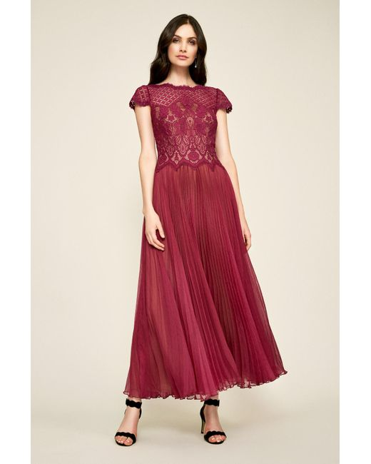 537195e22669e Tadashi Shoji - Red Drusa Chiffon Lace Tea-length Dress - Lyst ...