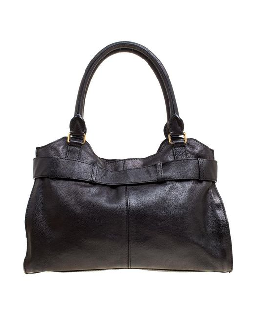 b254ce4f53c5 Lyst - Burberry Pre-owned The Belt Black Leather Handbags in Black ...