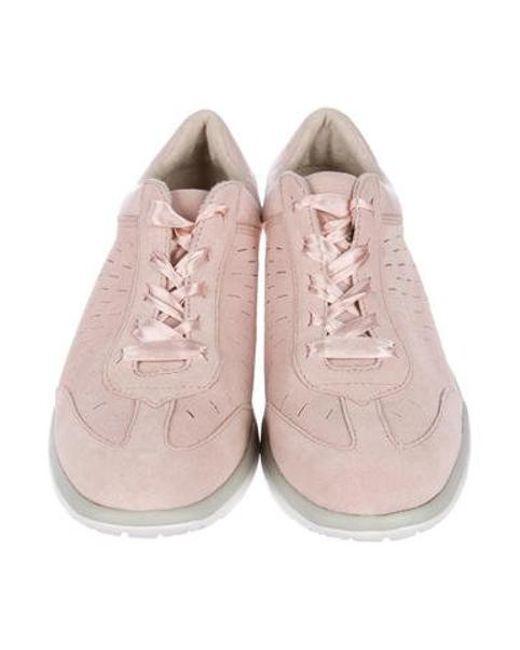 pink low top uggs