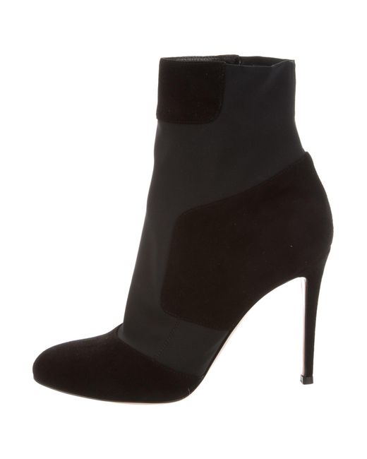 clearance sneakernews Gianvito Rossi Quilted Ankle Boots w/ Tags low price fee shipping online cheap authentic KoFo9Es