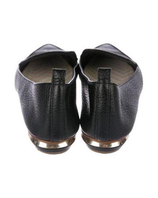 b2aab20679c ... Nicholas Kirkwood - Black Leather Pointed-toe Loafers - Lyst