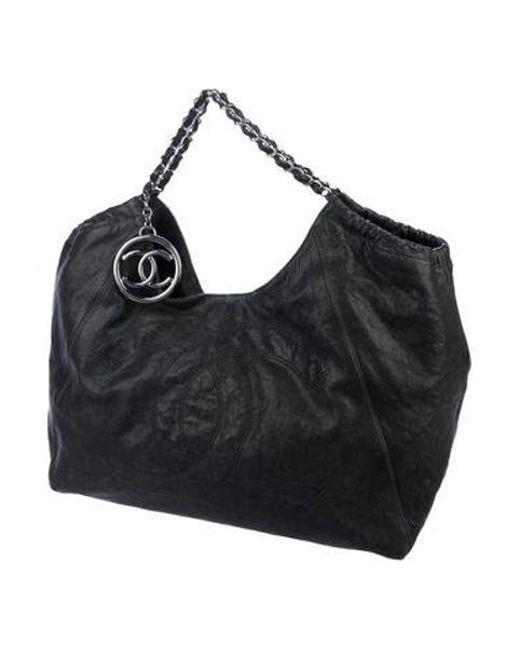 06599d7bef5 ... Chanel - Metallic Xl Coco Cabas Tote Grey - Lyst ...