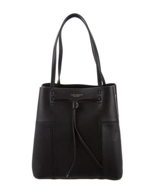 d779e9c5143 Tory Burch - Black Block-t Bucket Bag - Lyst ...
