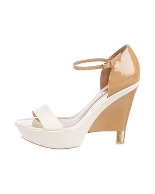 d2ffde68c933 Chanel - Natural Cc Patent Leather Wedges Tan - Lyst ...