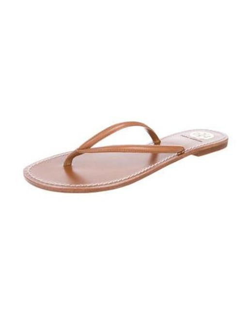 5e096161b83e9 ... Tory Burch - Brown Leather Thong Sandals - Lyst ...