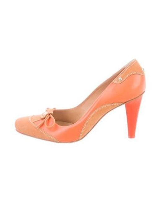 d6ac63c1a44e Lyst - Sergio Rossi Leather Round-toe Pumps Orange in Orange