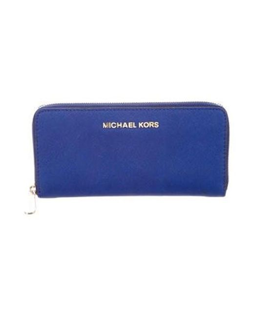 b039cb0e3cd77 MICHAEL Michael Kors - Metallic Michael Kors Jet Set Continental Wallet  Gold - Lyst ...