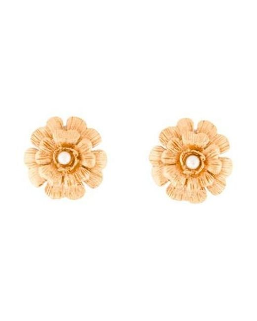 Chanel - Metallic Faux Pearl Camellia Clip-on Earrings Gold - Lyst