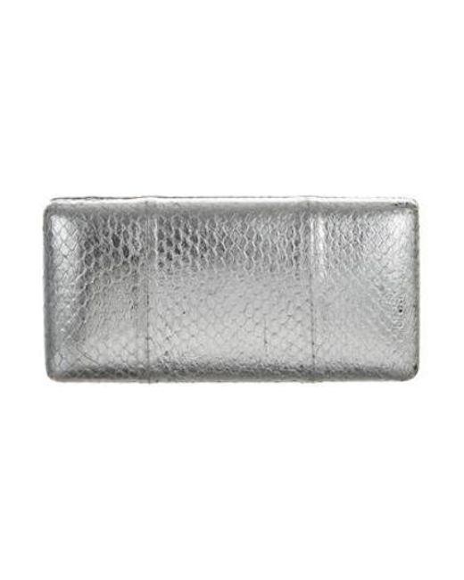 KOTUR - Metallic Embossed Sunglasses Case Silver - Lyst