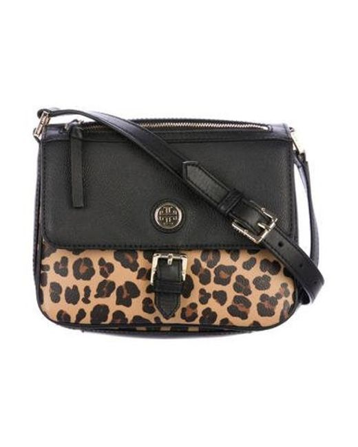 61fed7279791 Tory Burch - Metallic Leather-trimmed Crossbody Bag Black - Lyst ...