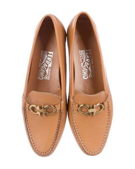 96b8fcf10b ... Ferragamo - Metallic Leather Round-toe Loafers Cognac - Lyst ...