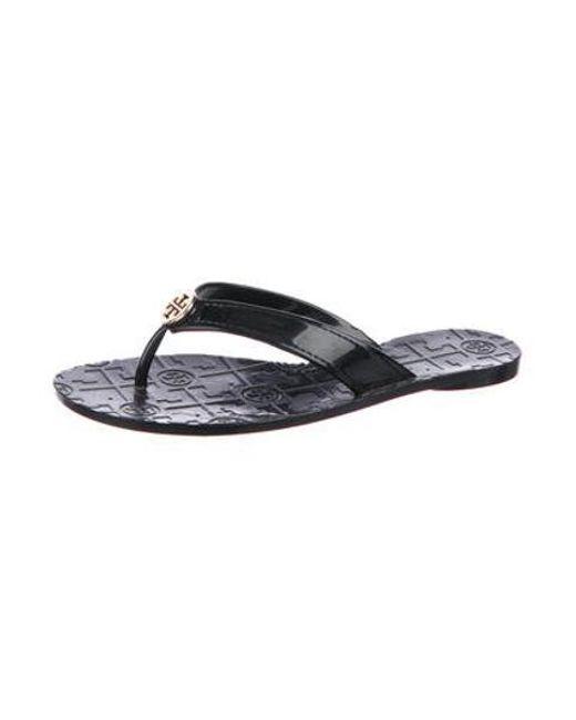 4a48d9330998f ... Tory Burch - Metallic Logo Thong Sandals Black - Lyst ...