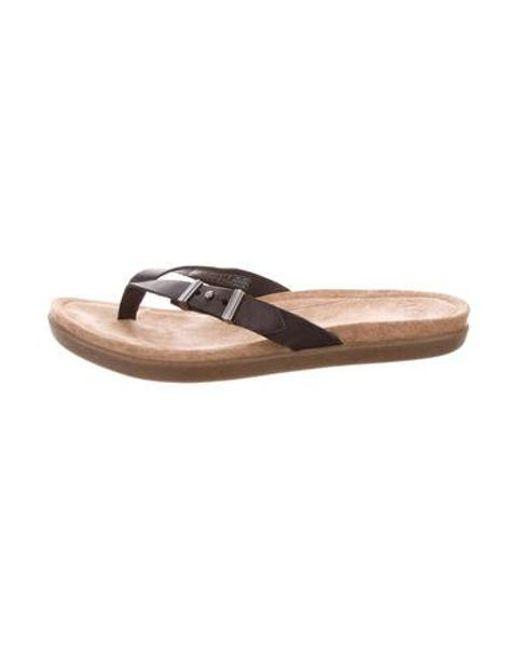 398b57eeb554d Ugg - Black Leather Thong Sandals - Lyst ...