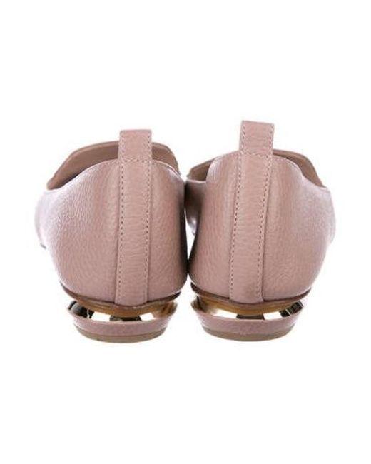 b2196dfcdbb ... Nicholas Kirkwood - Metallic Beya Leather Loafers Mauve - Lyst