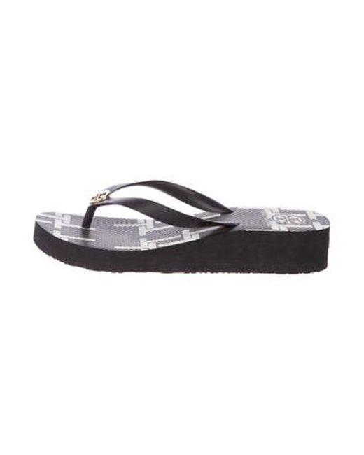 4a3077397 Tory Burch - Metallic Thong Wedge Sandals Black - Lyst ...